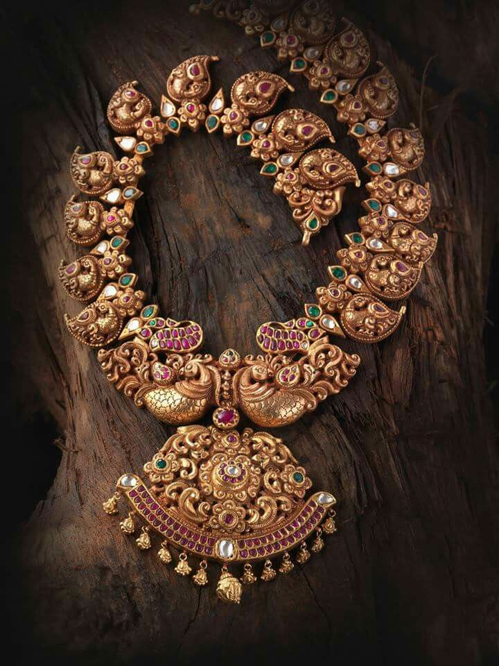 Jewellery Designing History: How Temple Jewellery Became