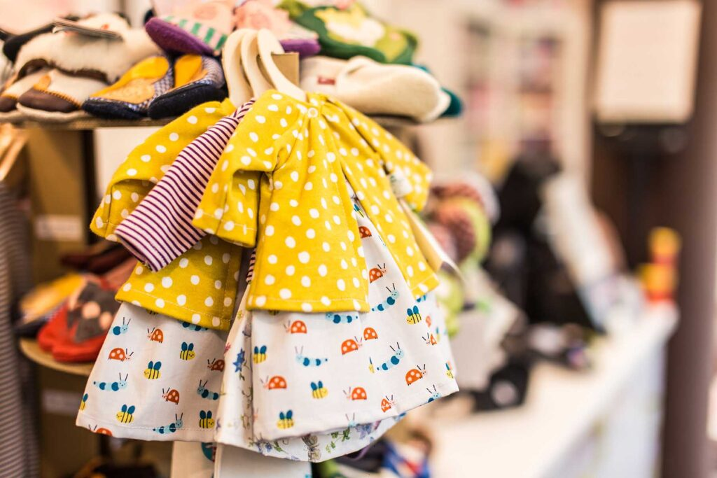 baby clothes (Decide Themes and Pick Costumes)